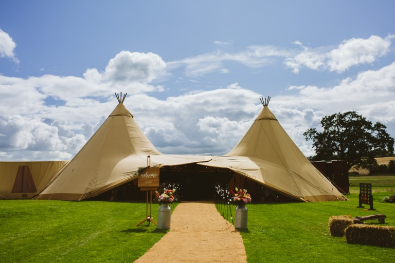 Tipi wedding at Tip Top Venues in Buckinghamshire